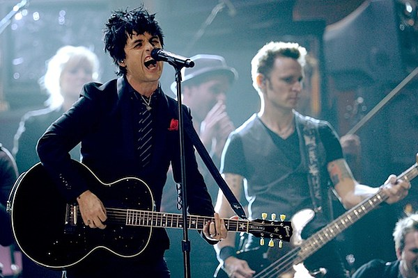 green day show off new songs during secret los angeles performance. Black Bedroom Furniture Sets. Home Design Ideas