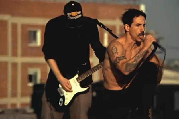 Red Hot Chili Peppers Maggie Video