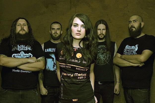 Landmine Marathon's Grace Perry - Vocalists metal Brutal Wanita