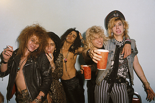 32 Years Ago Guns N Roses Sign To Geffen Records
