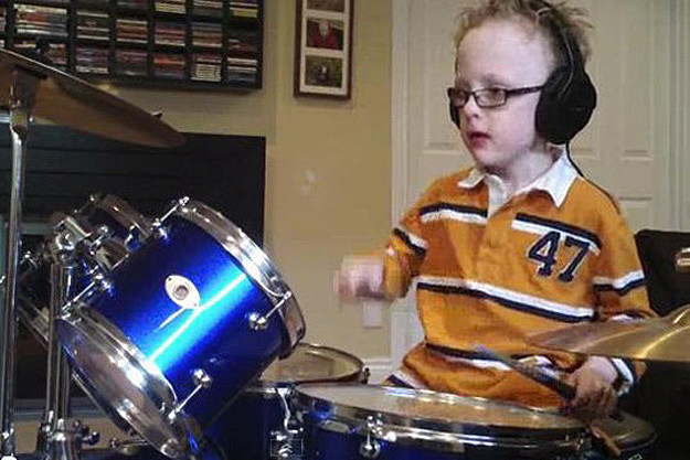 Jaxon Smith Copy Six Year Old Drummer Jaxon Smith Rocks Out Foo Fighters Pretender on YouTube
