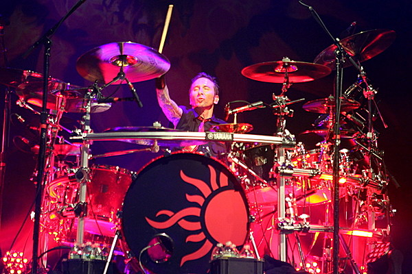 godsmack u2019s shannon larkin on drumming for black sabbath  one of the best things that ever