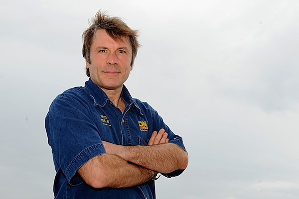 Iron Maiden's Bruce Dickinson Helping Disabled People Learn To Fly