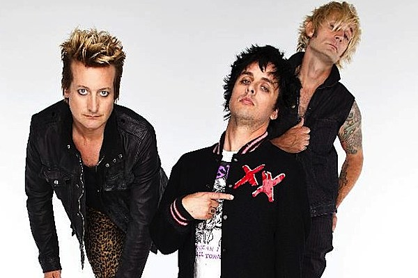 green day announce return to the stage with 2013 north american tour dates. Black Bedroom Furniture Sets. Home Design Ideas