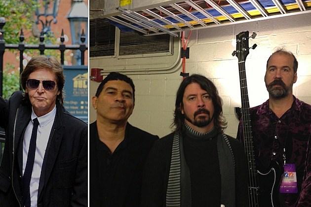 Paul McCartney / Pat Smear, Dave Grohl, Krist Novoselic