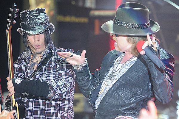 Guns N Roses 2013 Members Rocklahoma – 2013 Mu...