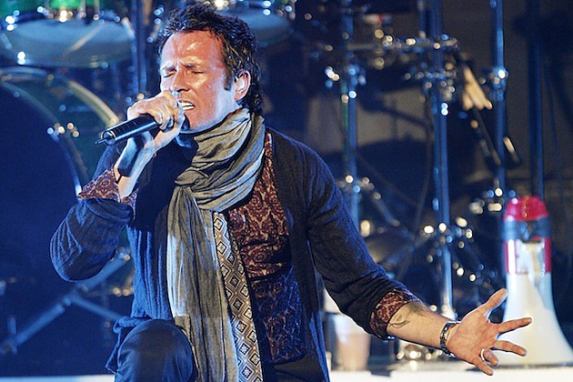 Scott Weiland: Chester Bennington-Fronted Band Is 'Not Stone Temple Pilots'