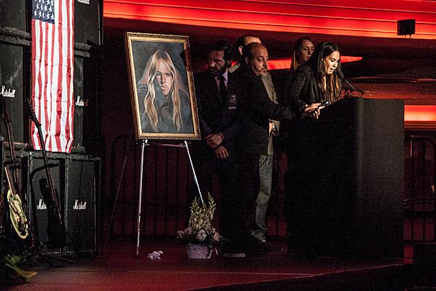 Friends + Peers Remember Slayer's Jeff Hanneman at ... Kathy Hanneman