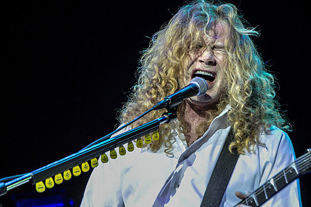 Megadeth's Dave Mustaine: No One Else Touches Me, James Hetfield, Malcolm Young + Rudolf Schenker on Rhythm Guitar