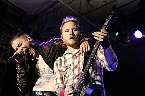 Shinedown Brent Smith Zach Myers