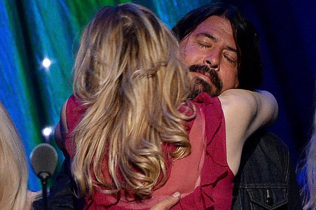 Courtney Love and Dave Grohl Hug
