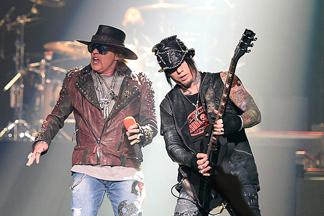 Guns N Roses Axl Rose DJ Ashba