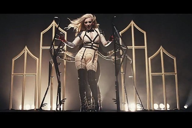 In This Moment's Maria Brink Talks 'Black Widow' Disc + More