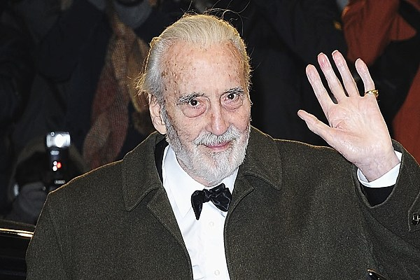 Christopher Lee: Metal Song 'Darkest Carols, Faithful Sing'