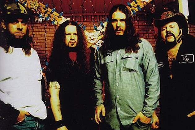 Mayhem Fest Exec Sought Pantera Reunion; No 2015 Uproar Fest