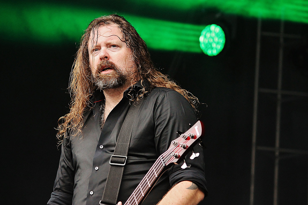 In Flames Bassist Peter Iwers to Exit Band