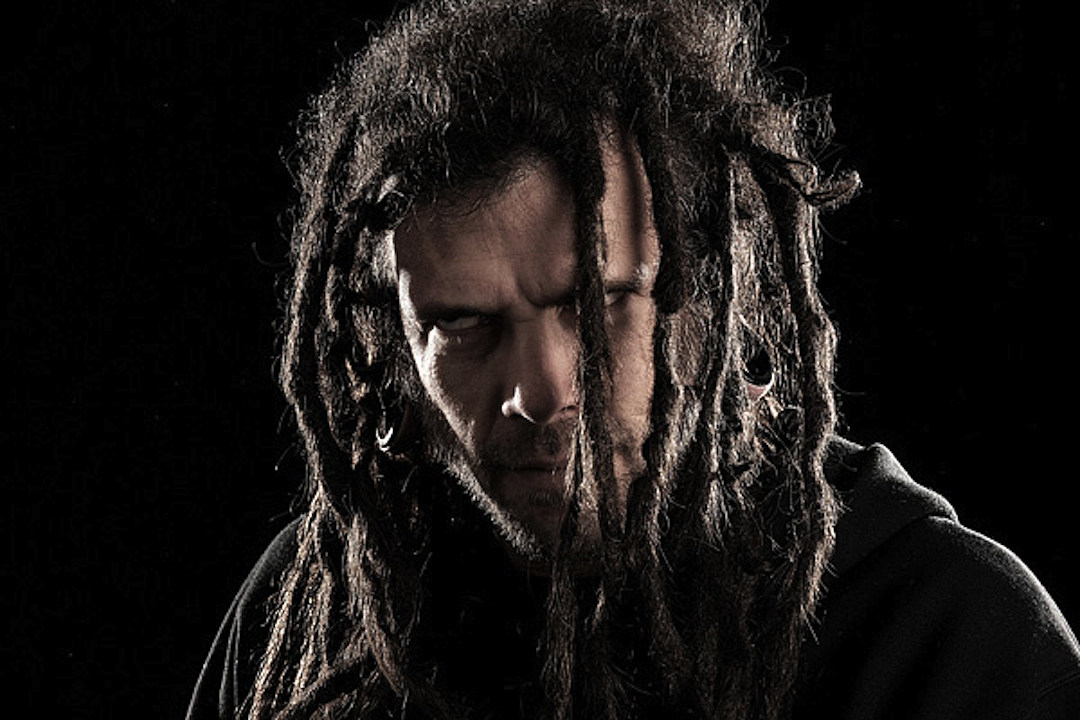 Six Feet Under Band Art: Chris Barnes: No Animosity With Ex-Cannibal Corpse Bandmates