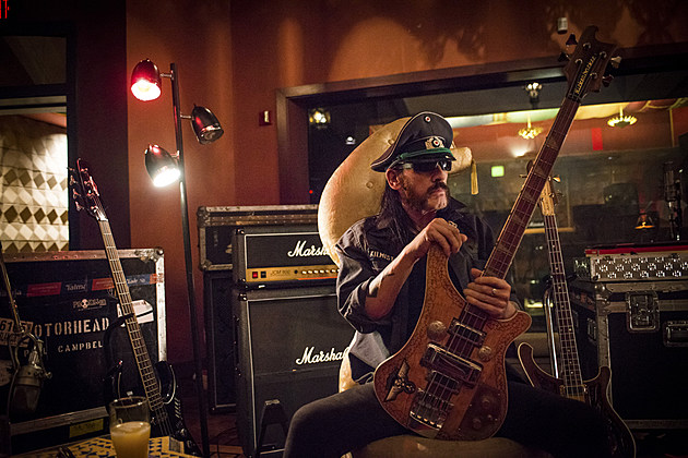 Dave Grohl Rob Halford Salute Lemmy Kilmister At Memorial