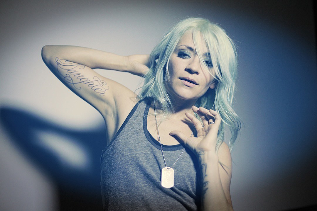 Lacey Sturm to Release Second Book 'The Mystery: Finding True Love in a World of Broken Lovers'