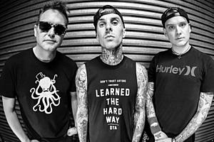 Facebook: Blink-182