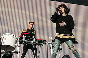 Oliver Sykes 2014 Girlfriend