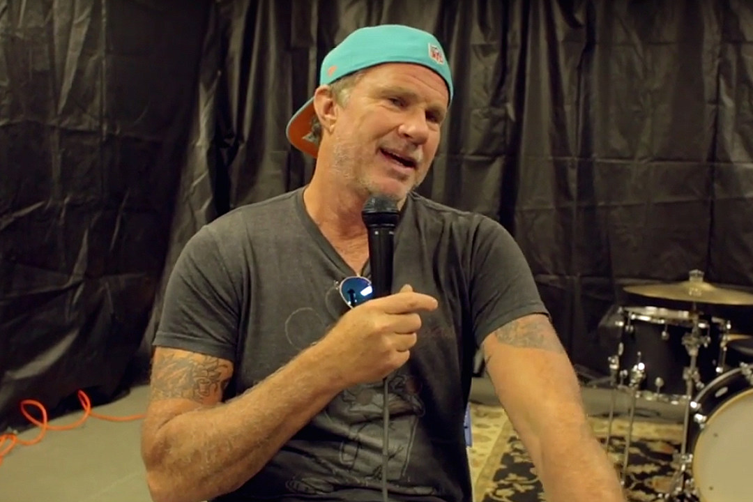 Chad Smith Talks 25th Anniversary of Red Hot Chili Peppers' 'Blood Sugar Sex Magik' + Nirvana's 'Nevermind'