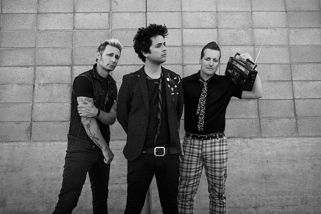Acrobat Falls to Death Before Green Day's Set at Mad Cool Festival