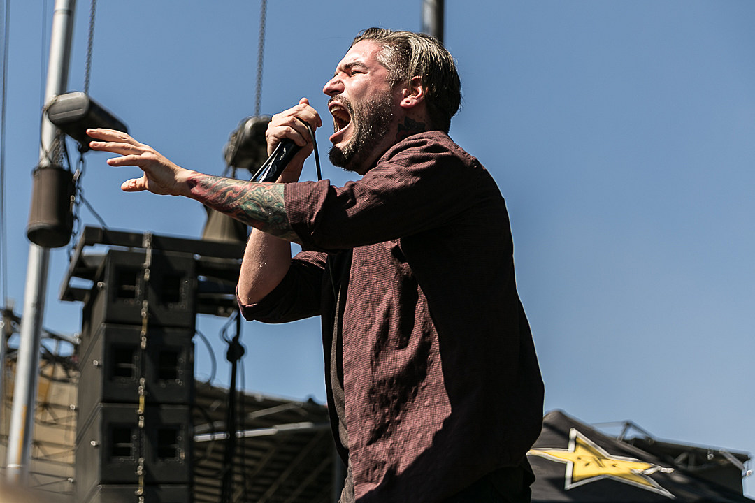 Suicide Silence's Eddie Hermida Issues Apology After Being Accused of Sexual Misconduct