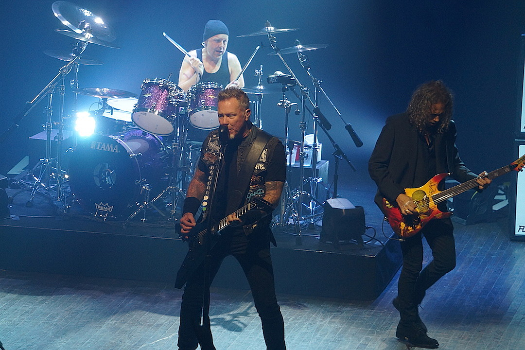 Metallica Hang Out With Tribute Band Sandman Who Received Cease and Desist Letter