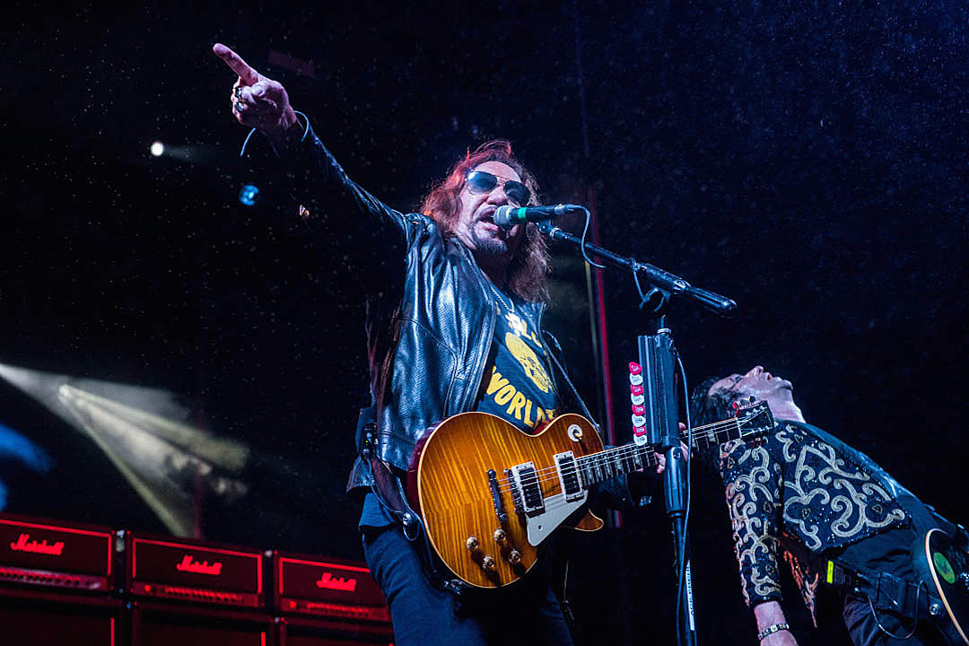 Ace Frehley: Musicians Shouldn't Jump on Bandwagon Against Trump