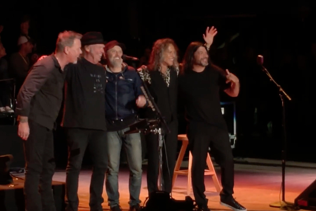 Metallica Tackle Buffalo Springfield Cover With Neil Young at Bridge School Benefit