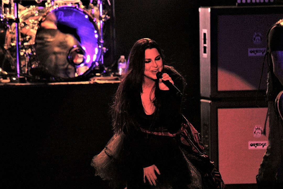 Evanescence Unearth Early Demo Track 'Even in Death'