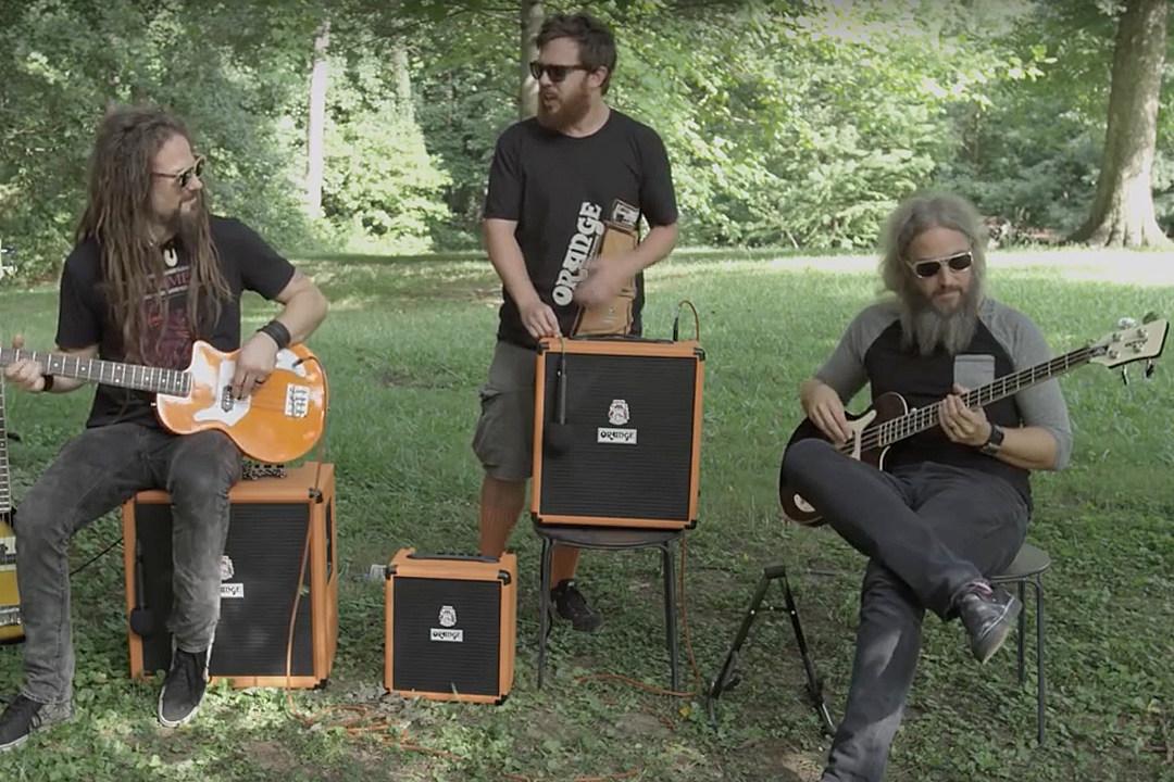Mastodon's Troy Sanders + Hellyeah's Kyle Sanders Star in Orange Amplifiers' 'Bass Brothers' Promo