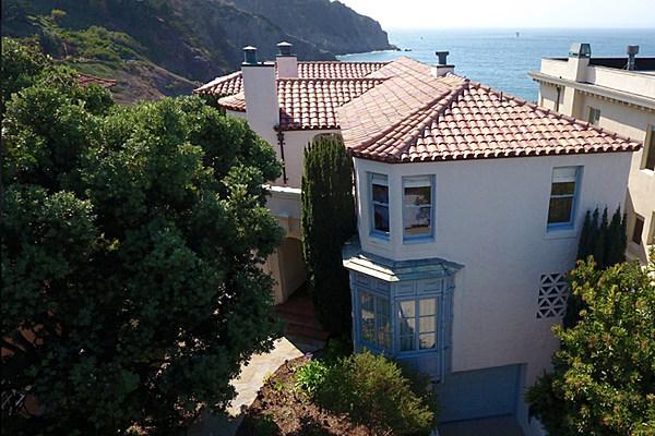 Kirk Hammett Selling Sea Cliff Estate For 16 Million