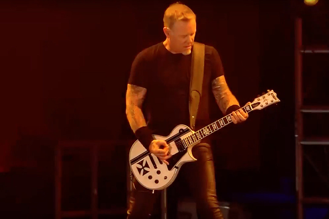 Metallica to Play 59th Annual Grammy Awards; Unveil Pro-Shot Footage of 'Halo of Fire' Concert Debut