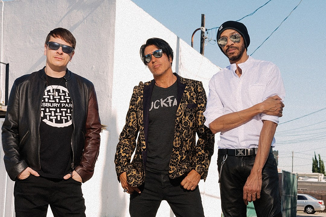 KXM Reveal Frenetic Video for New Song 'Scatterbrain'