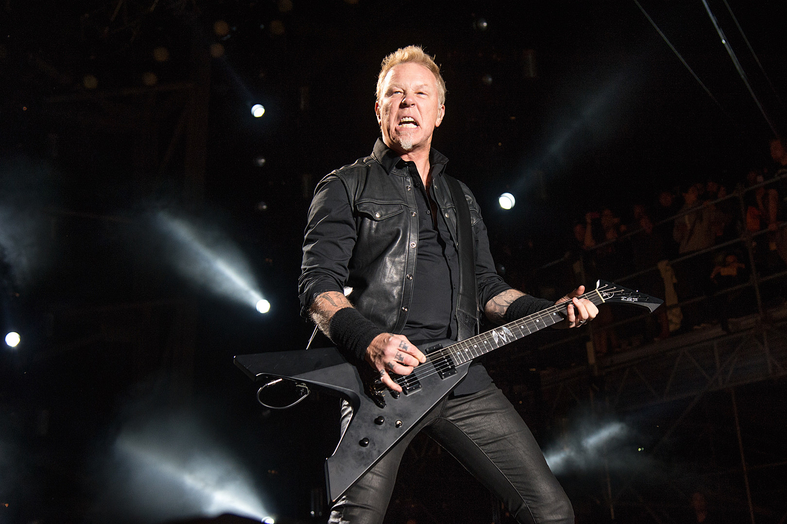 James Hetfield Metallica Can Still Fall Apart At Any Moment
