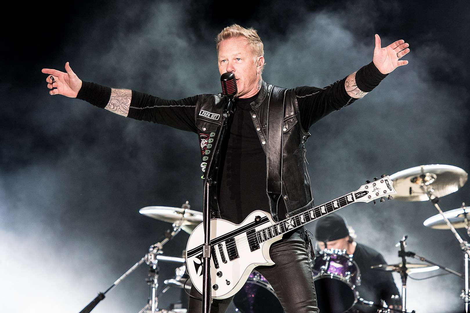 how to become a roadie for metallica