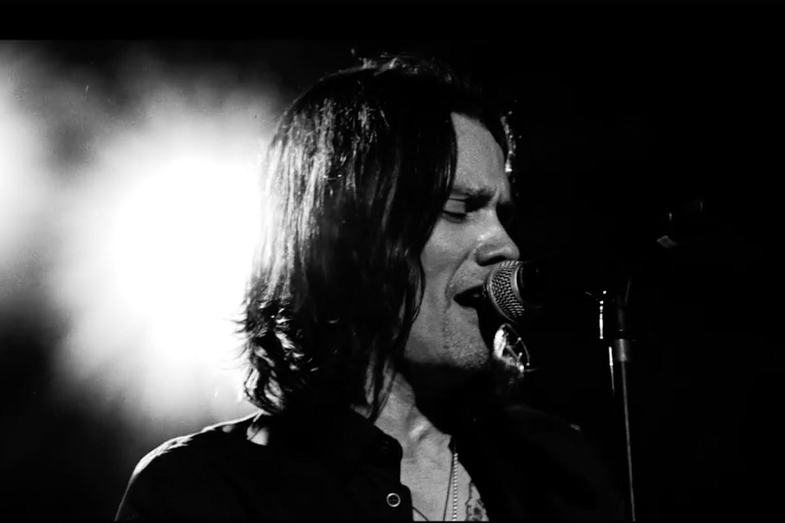 Alter Bridge Unleash Live 'Cradle to the Grave' Video