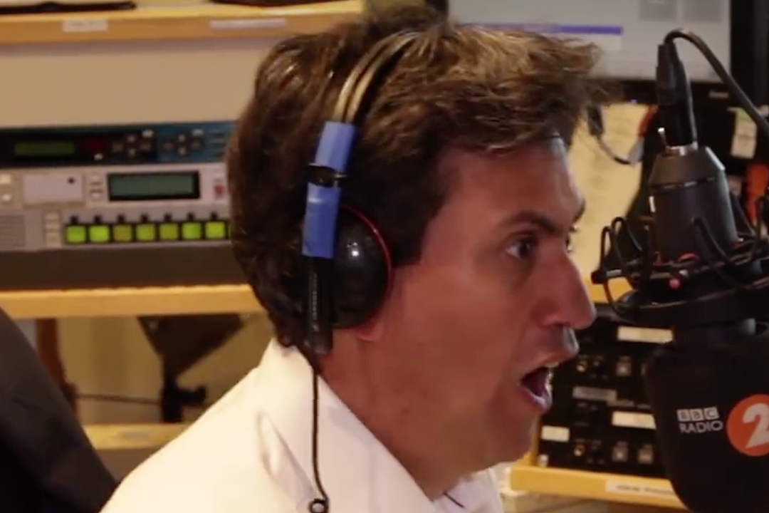 Napalm Death's Barney Greenway Teaches British Politician How to Sing 'You Suffer'