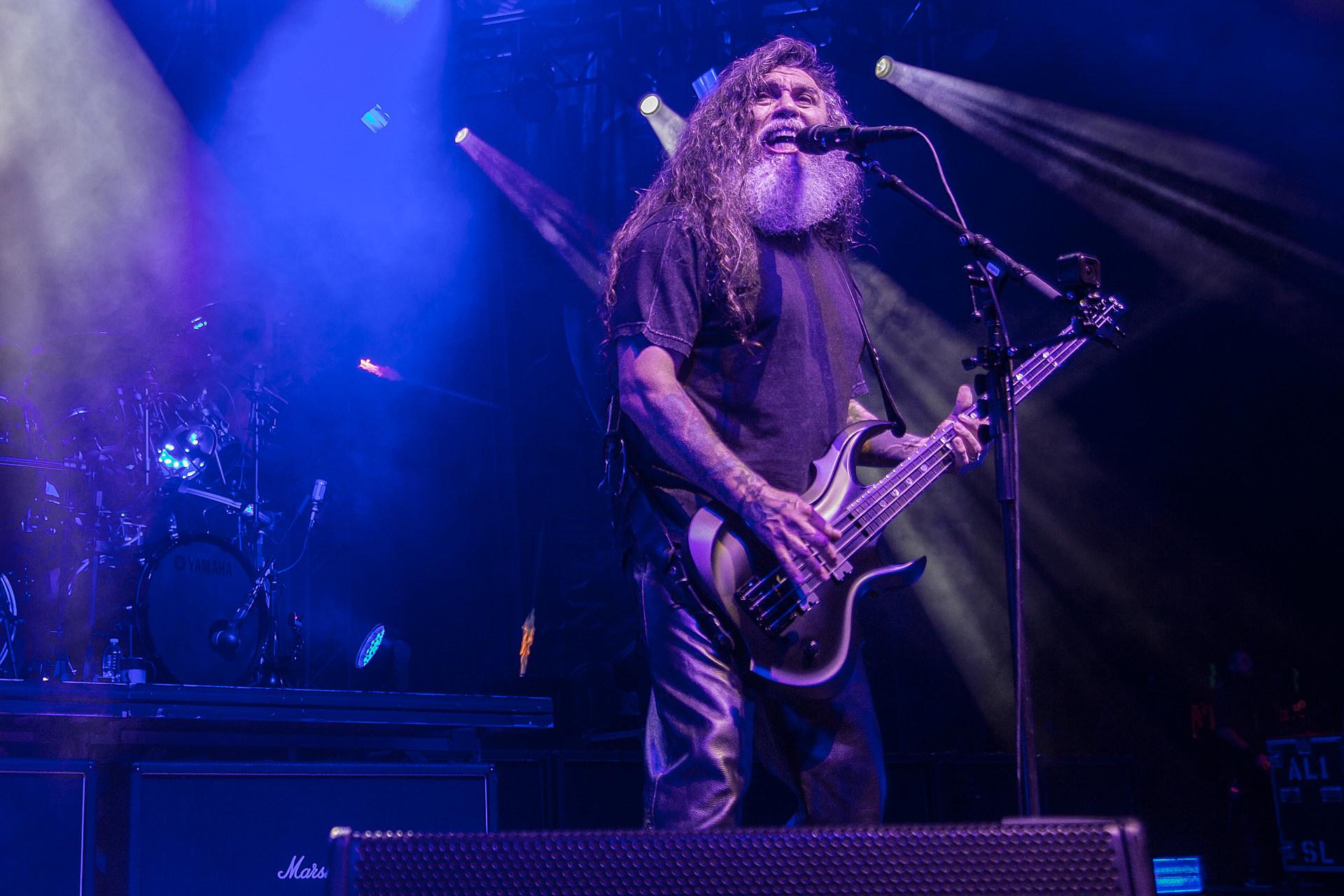 Slayer's Tom Araya Reveals Struggle With Sleep Apnea + Comments on Ukrainian Statue in His Likeness