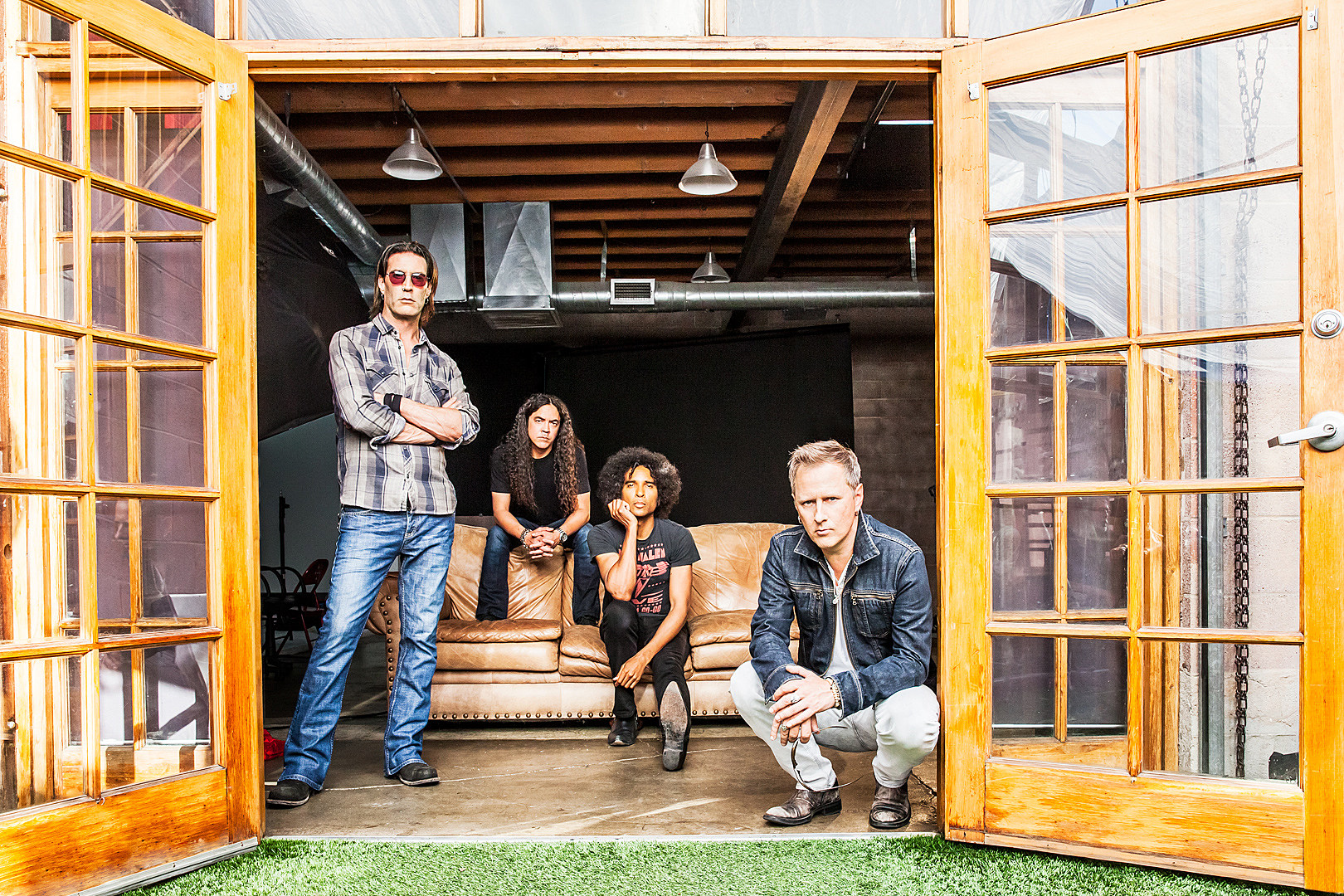 Alice in Chains & Friends Reveal Fantasy Football League + Benefit Auction Details