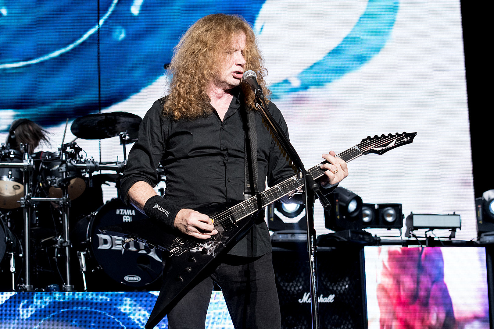 Megadeth's Dave Mustaine Thanks 'Best Fans in the World' for Support in Cancer Fight