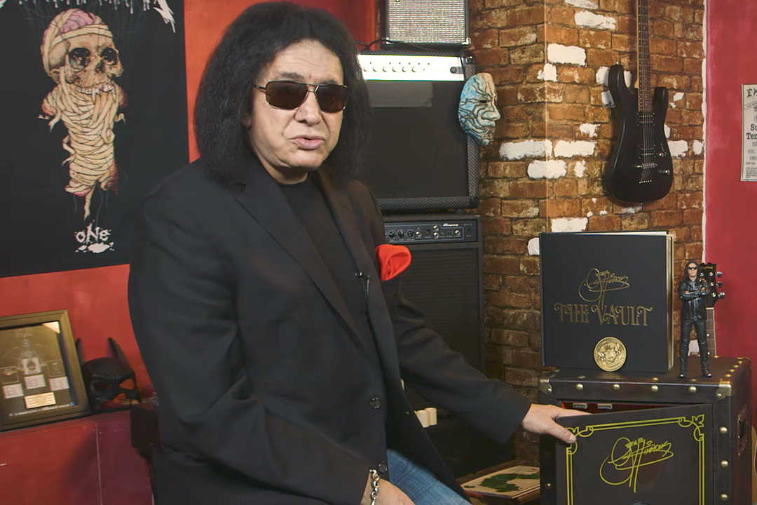 KISS' Gene Simmons Shows Off His $2,000 'The Vault' Box Set