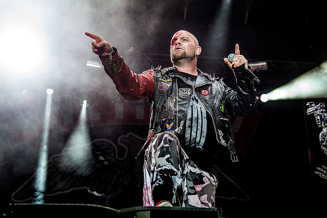 Five Finger Death Punch's Ivan Moody Sides With Machine Gun Kelly in Eminem Beef