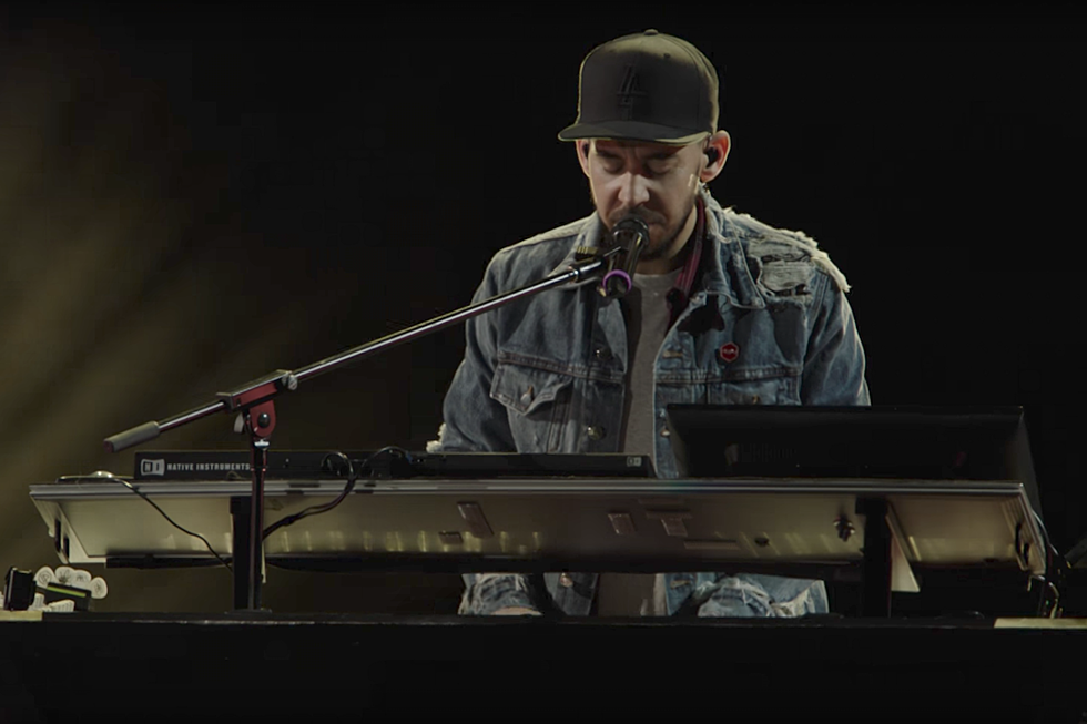 Linkin Park Debut Somber New Song Looking For An Answer