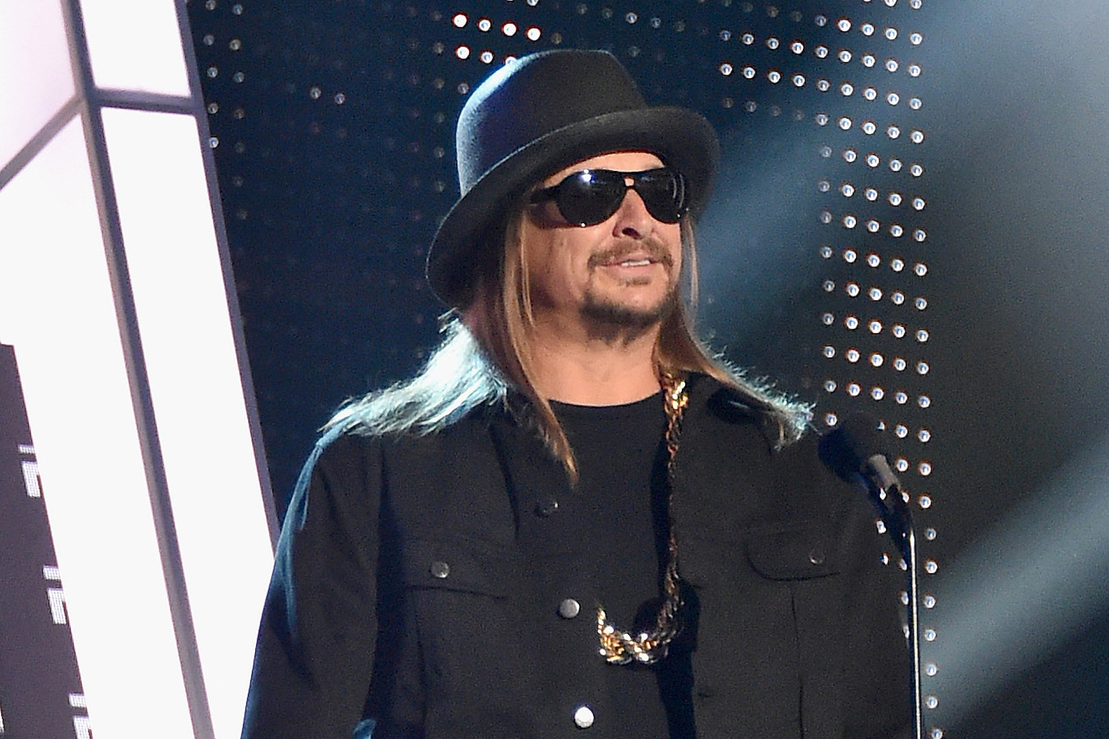 Kid Rock to Release \'Greatest Hits You Never Saw Coming\'