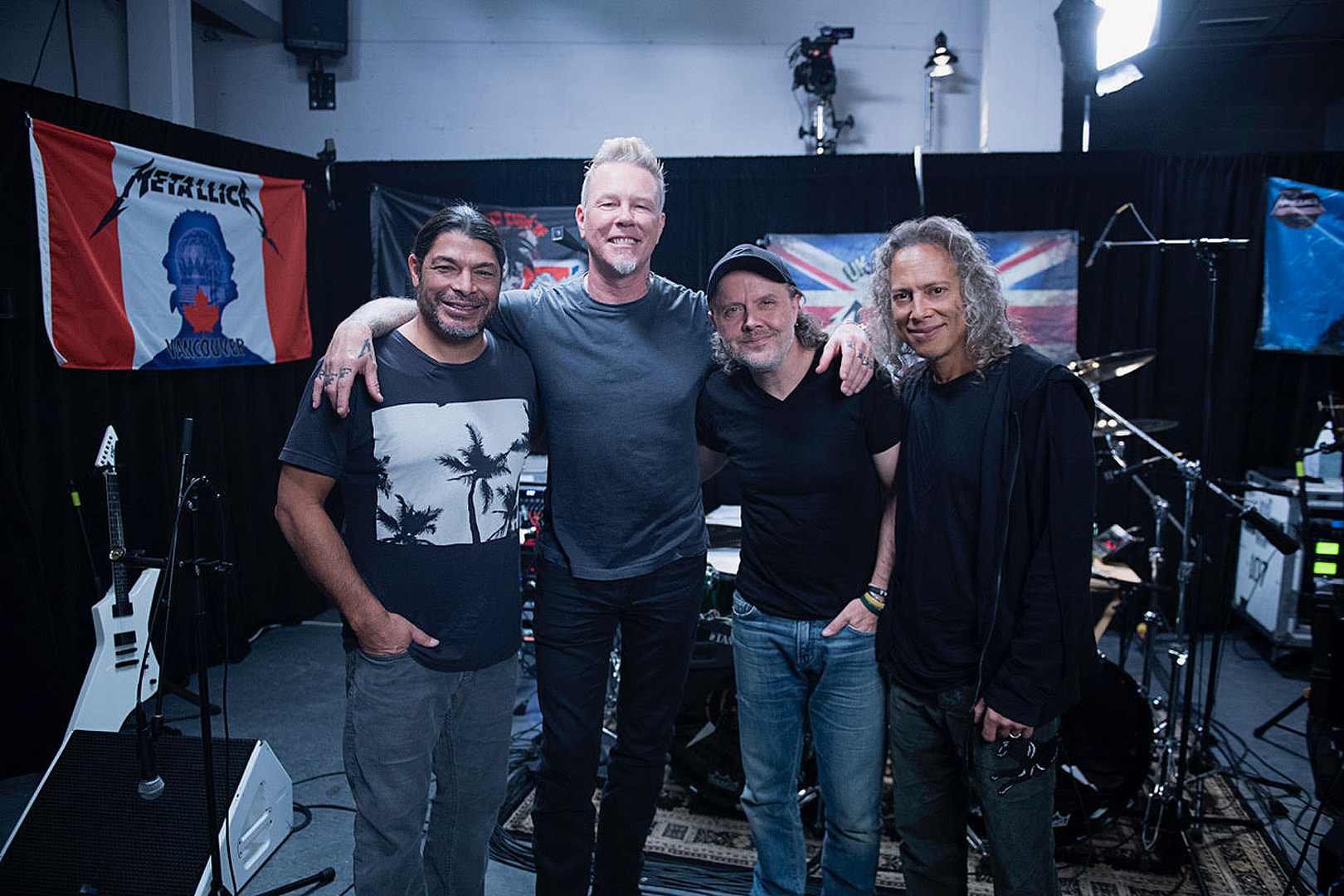 Metallica Announce 'All Within My Hands Foundation' 2018 Concert + Auction | The Rock of Rochester