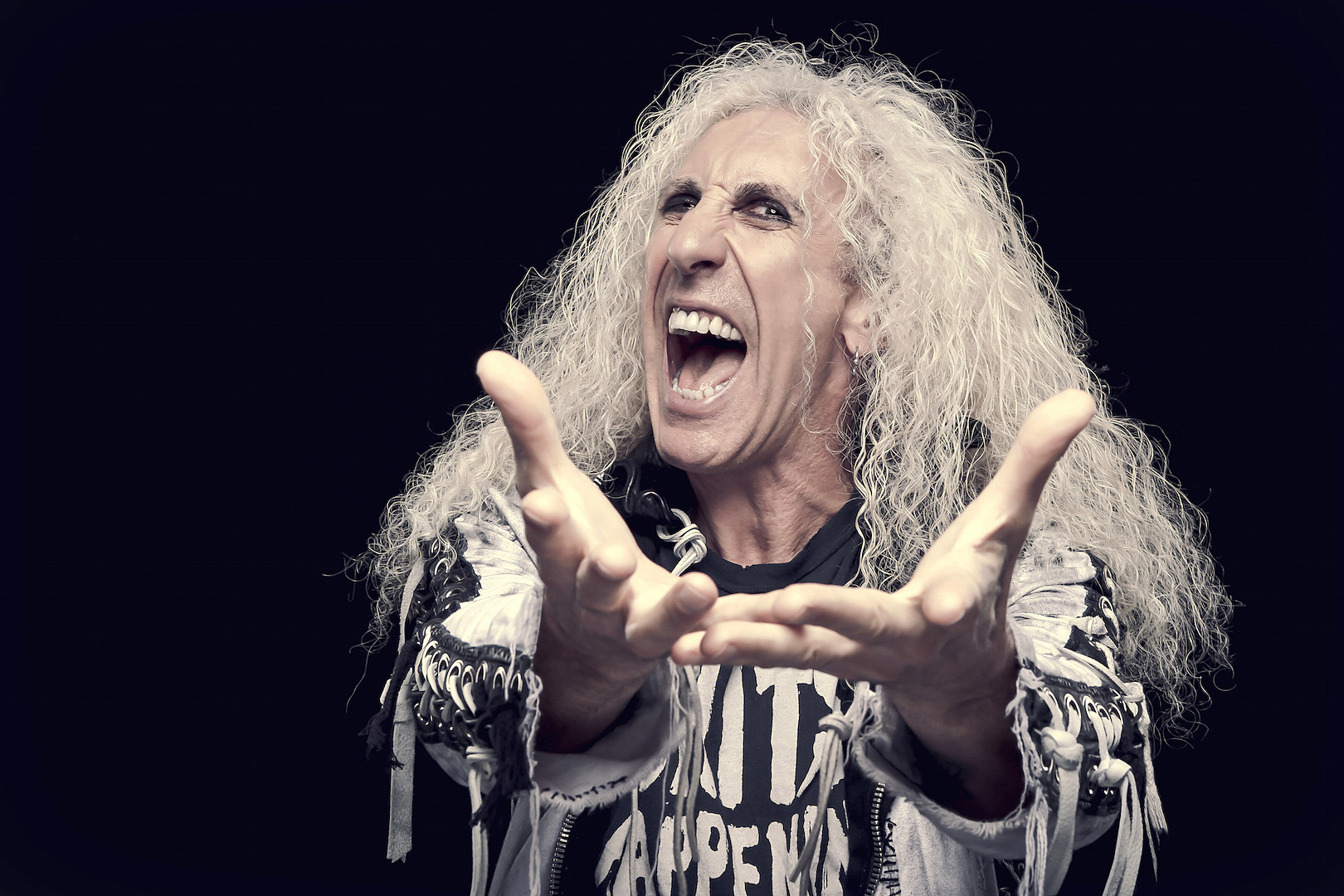 Dee Snider Smashes the Opposition on New Song 'I Am the Hurricane'