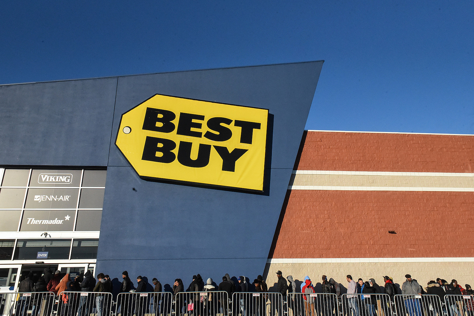 Best Buy Releases Their Black Friday Specials & More | The Rock of Rochester
